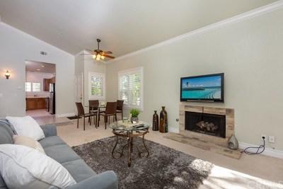 Santa Ana Condo/Townhouse For Sale: 3690 S Bear Street #M