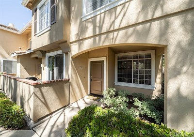Tustin Condo/Townhouse For Sale: 228 Gallery Way