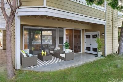 Santa Ana Condo/Townhouse For Sale: 3750 S Bear Street #B