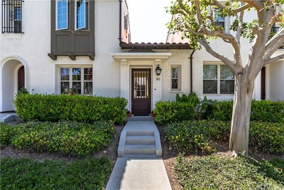 Irvine Condo/Townhouse For Sale: 90 Vintage