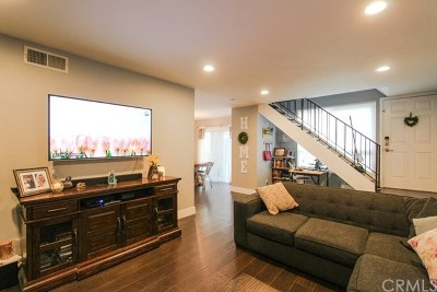 Mission Viejo Condo/Townhouse For Sale: 23004 Via Nuez