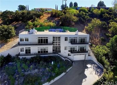 Sherman Oaks Single Family Home For Sale: 3940 Oakfield Drive