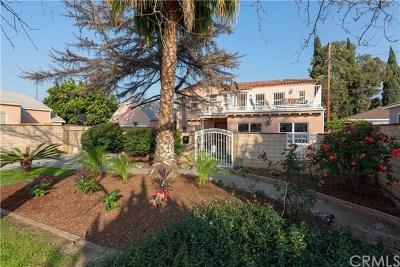 Long Beach Single Family Home For Sale: 3712 Falcon Avenue