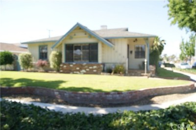 Lakewood Single Family Home For Sale: 6005 Balfern Avenue
