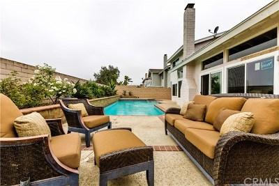 Huntington Beach Single Family Home For Sale: 18282 Fieldbury Lane
