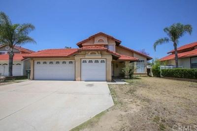 Corona Single Family Home For Sale: 424 Wynola Court