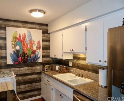 Long Beach Condo/Townhouse For Sale: 335 Cedar Avenue #107