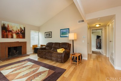 Santa Ana Condo/Townhouse For Sale: 1420 Cabrillo Park Drive #H