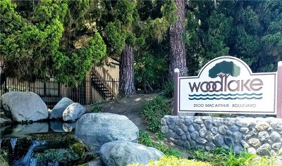 Santa Ana Condo/Townhouse For Sale: 2542 W Macarthur Boulevard #D
