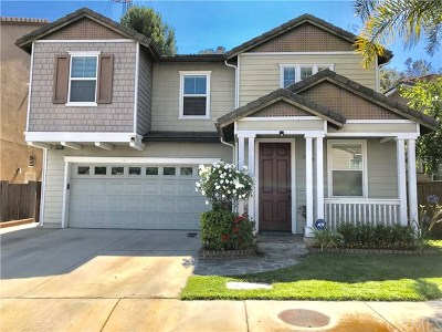 Signal Hill Single Family Home For Sale: 2455 Amelia Court