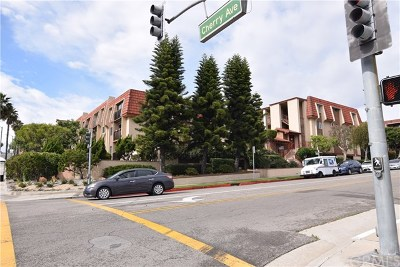 Signal Hill Condo/Townhouse For Sale: 2001 E 21st Street #334