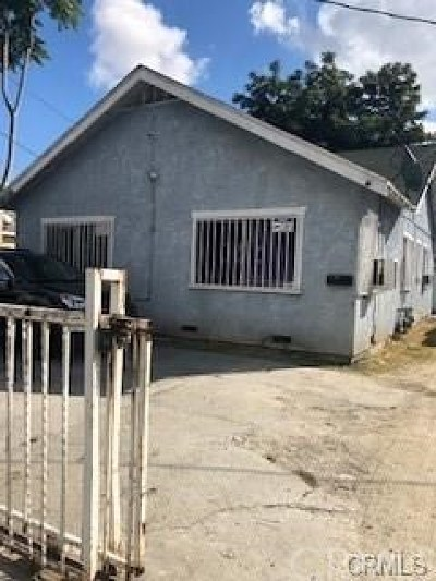 Los Angeles Multi Family Home For Sale: 9216 S Hoover Street