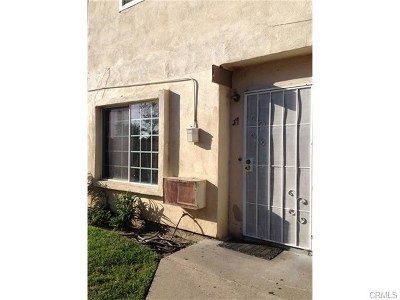 Santa Ana Condo/Townhouse Active Under Contract: 1602 N King Street #J1