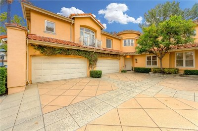 Tustin Condo/Townhouse For Sale: 2546 Aquasanta