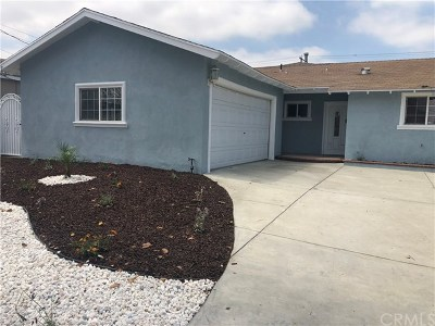 Lakewood Single Family Home For Sale: 11517 Elvins Street