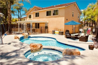 Corona Multi Family Home For Sale: 1594 Beacon Ridge Way