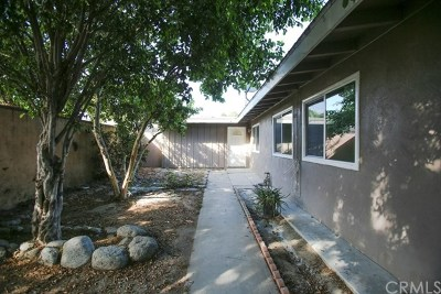 Santa Ana Single Family Home For Sale: 1513 W Warner Avenue