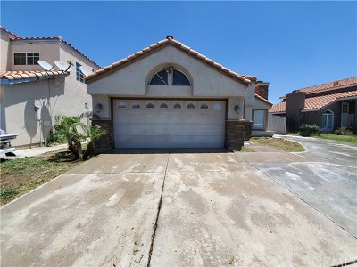 Moreno Valley Single Family Home For Sale: 16674 War Cloud Drive