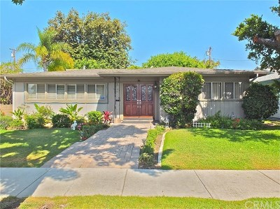Long Beach CA Single Family Home For Sale: $759,900