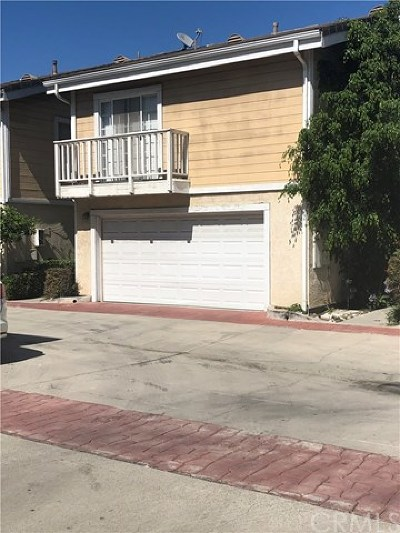 Garden Grove Condo/Townhouse For Sale: 13272 Yockey Street #D