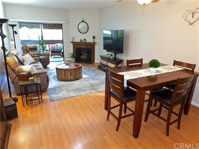 Signal Hill Condo/Townhouse For Sale: 2101 E 21st Street #304