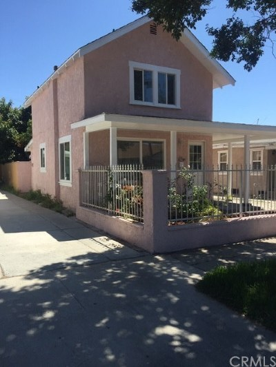 Santa Ana Single Family Home For Sale: 612 E 2nd Street