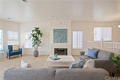 San Pedro Single Family Home For Sale: 2909 S Pacific Avenue