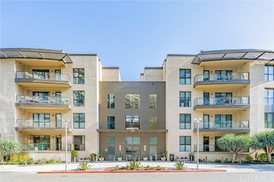 Irvine Condo/Townhouse For Sale: 402 Rockefeller #217