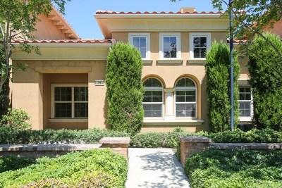 Irvine Condo/Townhouse For Sale: 79 Hallmark
