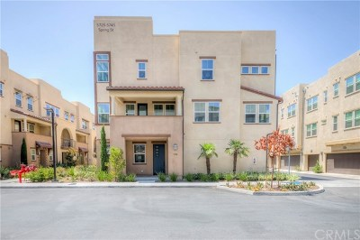 Buena Park Condo/Townhouse For Sale: 5744 Spring St