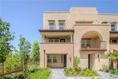 Buena Park Condo/Townhouse For Sale: 5725 Spring St
