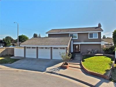 Huntington Beach Single Family Home For Sale: 8962 Henton Drive