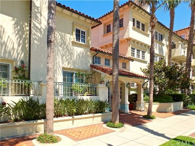 Los Angeles County Condo/Townhouse For Sale: 1901 E Ocean Boulevard #205