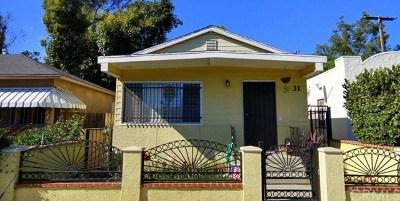 Long Beach Single Family Home For Sale: 31 W Forhan Street