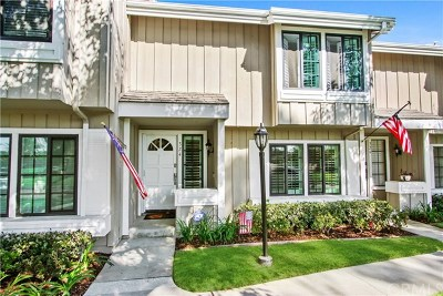 Seal Beach Condo/Townhouse For Sale: 324 Spinnaker Way