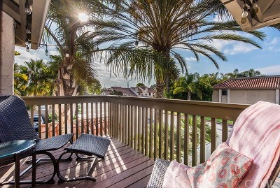 Huntington Beach Condo/Townhouse For Sale: 7671 Bay Drive #204