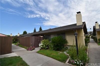 Anaheim Condo/Townhouse For Sale: 134 S Magnolia Avenue #12C
