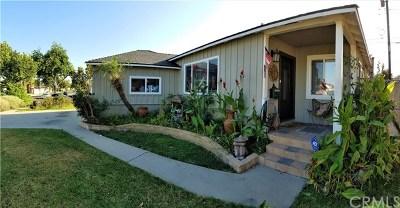 Lakewood Single Family Home For Sale: 5263 Deeboyar Avenue