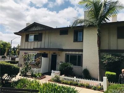 Tustin Condo/Townhouse For Sale: 14735 Red Hill Avenue