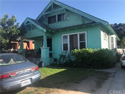 Los Angeles Single Family Home Active Under Contract: 160 W 48th Street