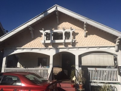 Los Angeles Multi Family Home For Sale: 429 W 56th Street