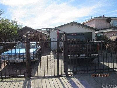 Los Angeles Single Family Home For Sale: 2516 E 109th Street