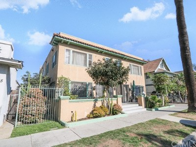 Long Beach Multi Family Home For Sale: 433 W 9th Street