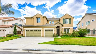 Murrieta Single Family Home For Sale: 24431 Whitaker Way