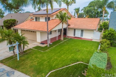 Downey Single Family Home For Sale: 10617 Casanes Avenue