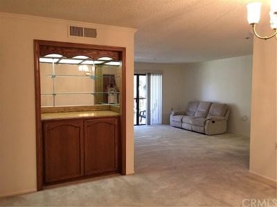 Seal Beach Condo/Townhouse For Sale: 13650 Del Monte Drive #B20