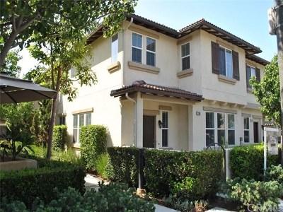 Orange Condo/Townhouse For Sale: 280 W Cork Tree Drive #444