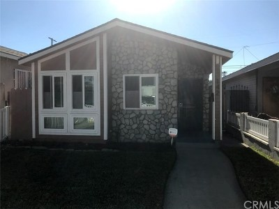 Long Beach Single Family Home For Sale: 142 E 68th Way