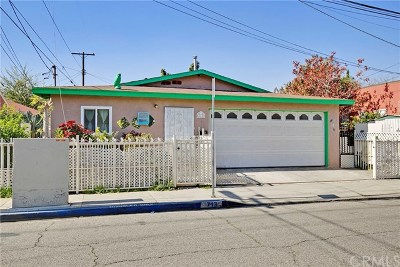 Compton Single Family Home For Sale: 713 N Aranbe Avenue