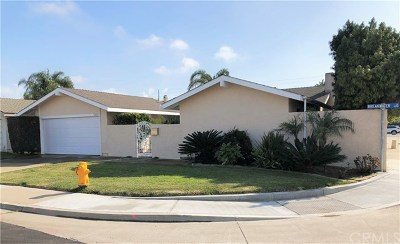 Huntington Beach Single Family Home For Sale: 9392 Breakwater Circle